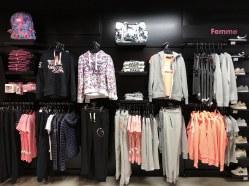 visual-merchandising-corner-mode-femme-sport-concept-voligne-1