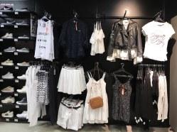 visual-merchandising-corner-mode-femme-sport-concept-voligne-3